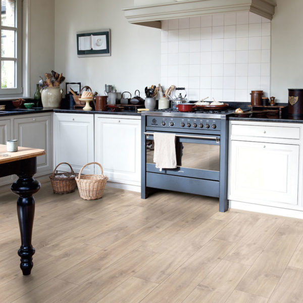 Premium Floors Quick-Step Classic Laminate Havanna Oak Natural with Saw Cuts