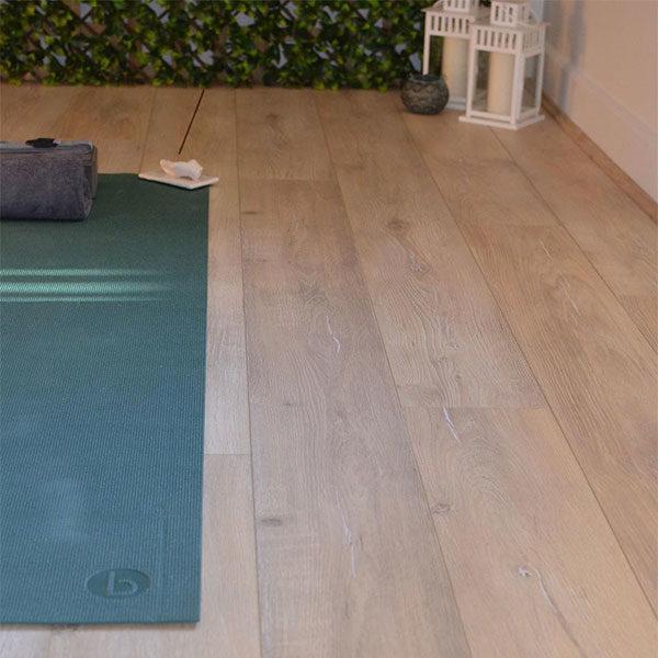 Eco Flooring Systems Swish Aquastop Laminate Oak Palena