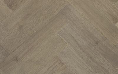 Castle Nuovo Herringbone Engineered Timber Marrone Oak